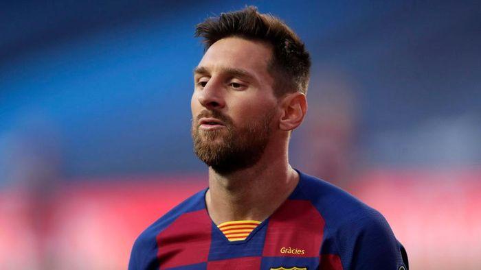 Lionel Messi belum memastikan bakal bertahan di Barcelona
