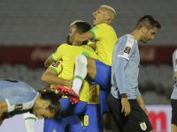 Kualifikasi Piala Dunia 2022 : Pemain MU Diusir, Brasil Sikat Uruguay