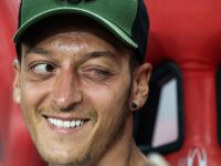 Wenger Kasih Tahu Cara Bikin Ozil Bersinar Lagi di Arsenal